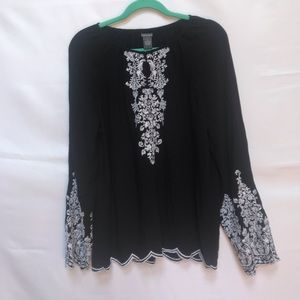 Chelsea & Theodore peasant blouse, size L